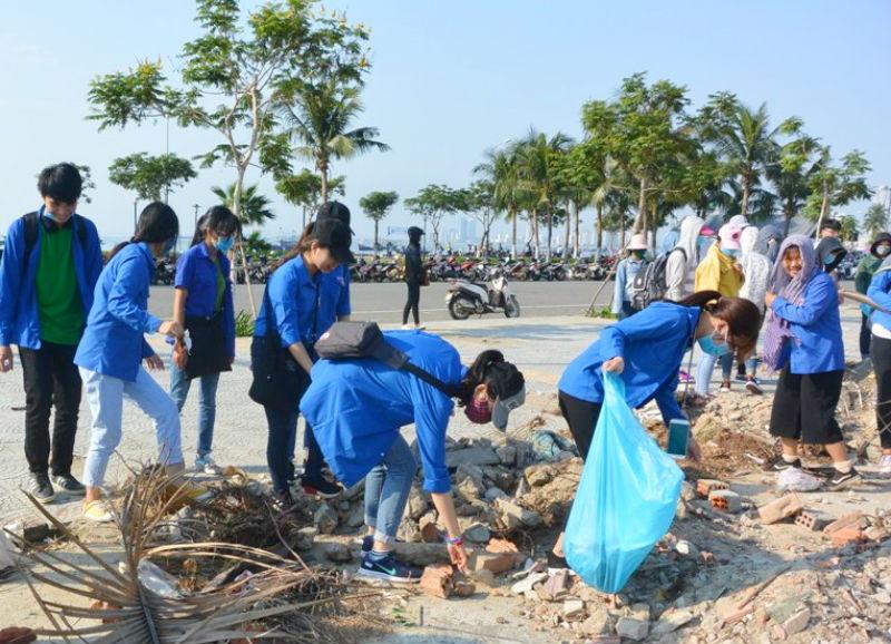 Hàng nghìn người chung tay chấm dứt ô nhiễm rác thải nhựa