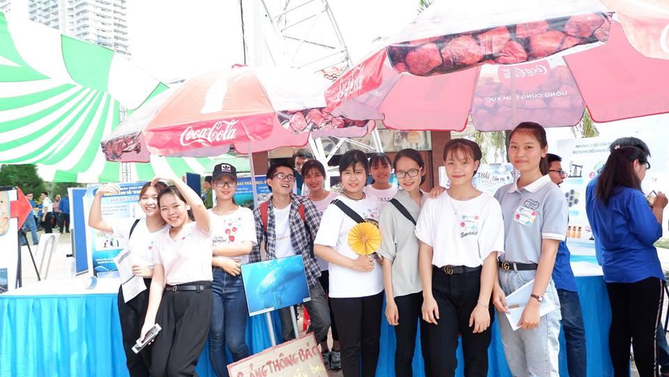 Thanh Niên Đà Nẵng tiên phong bảo vệ biển khỏi rác thải nhựa